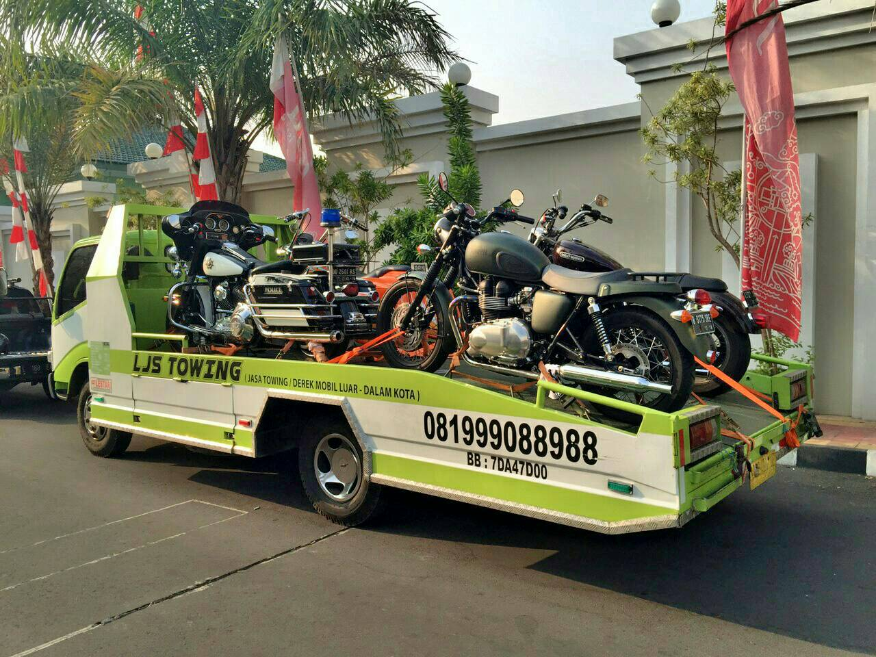 Raja Derek Towing Service Bikin Penasaran Berapa Kali Motor